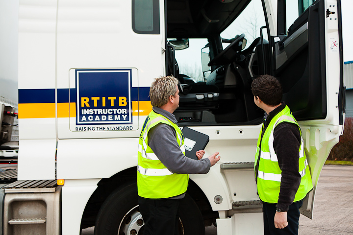 How Onsite LGV Assessors are Bringing Mental Health Benefits to LGV Drivers