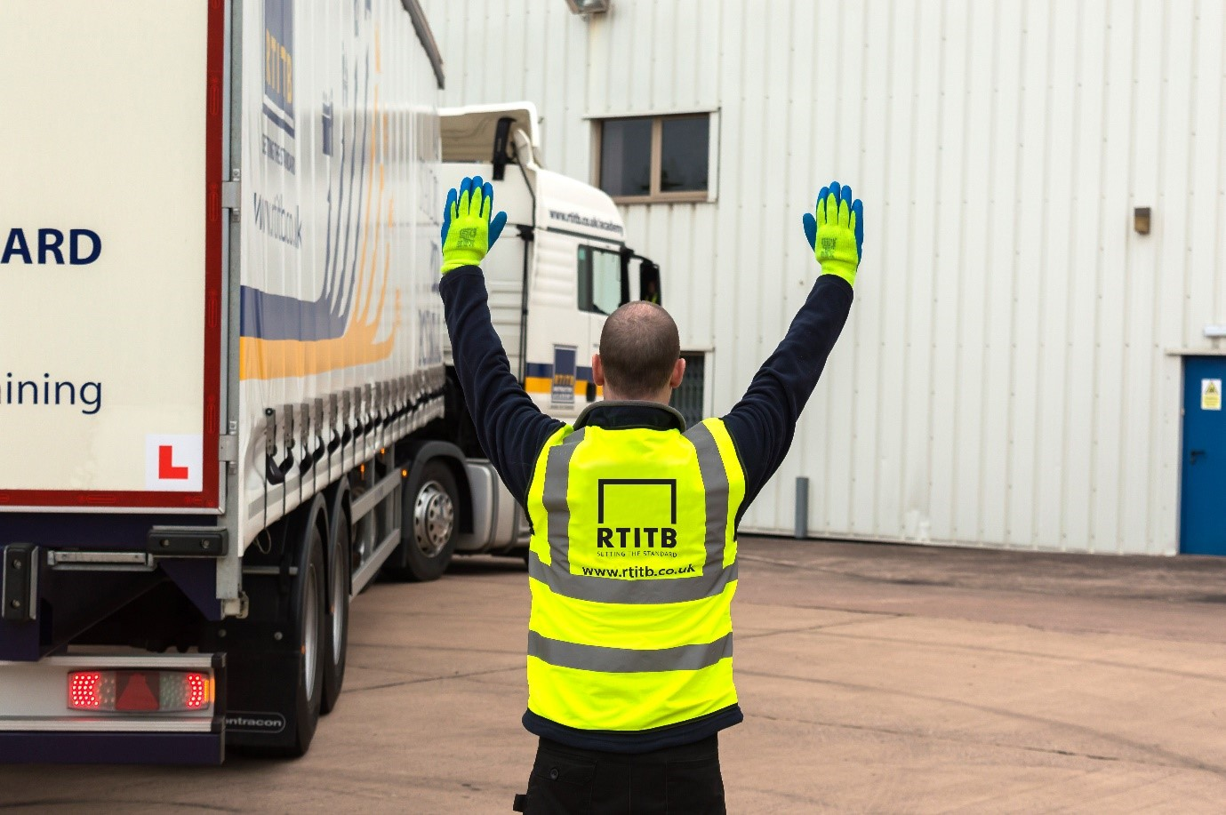 Free Webinar: How to prevent goods vehicle reversing incidents