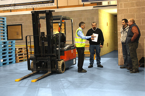 Do You Know What to Look for in a Lift Truck Instructor?